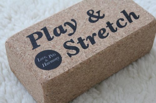 Yoga Block Play & Stretch Kork Love, Pets & Harmony